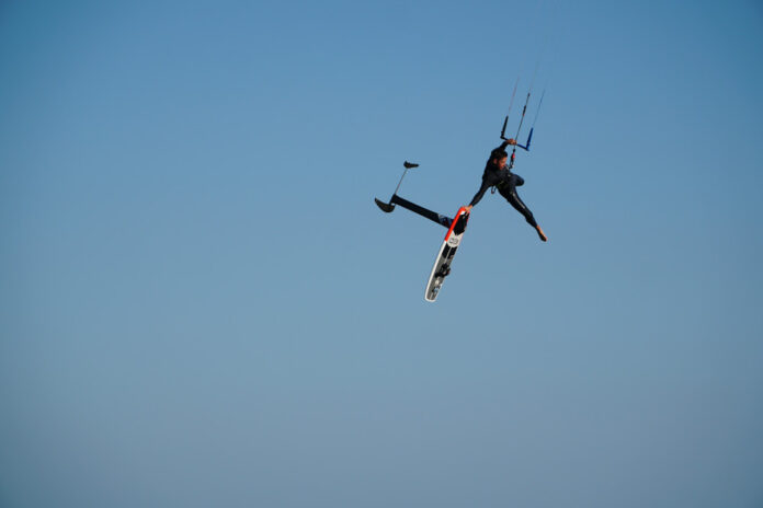 interview-kitesurfer-jamie-overbeek-kitefoil-hydrofoil
