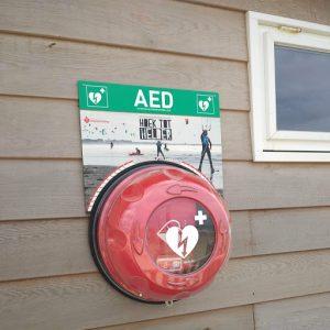 AED-hoek-tot-helder-op-strand-van-den-helder