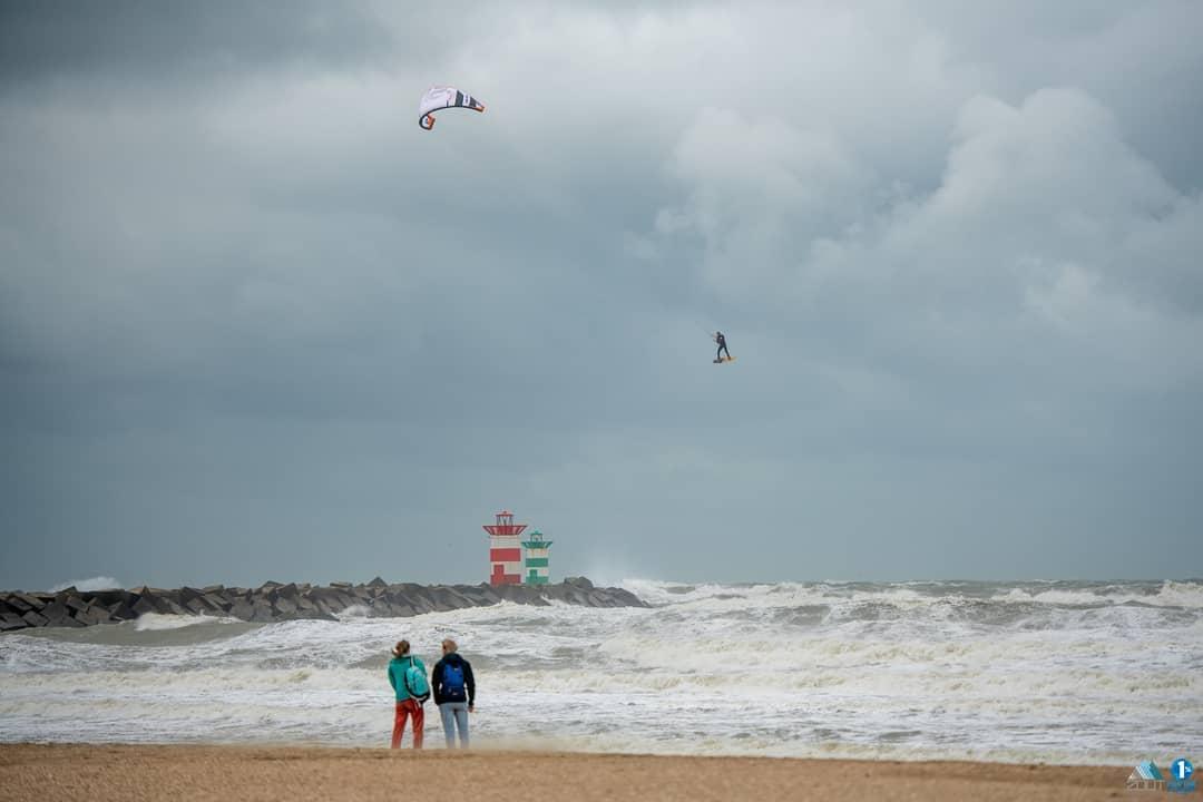 storm-francis-kitesurfers-2020